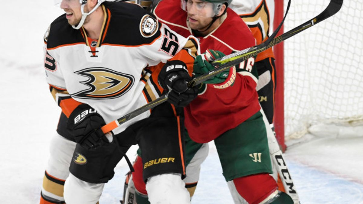 Friday's NHL bet du jour: Minnesota at Anaheim article feature image