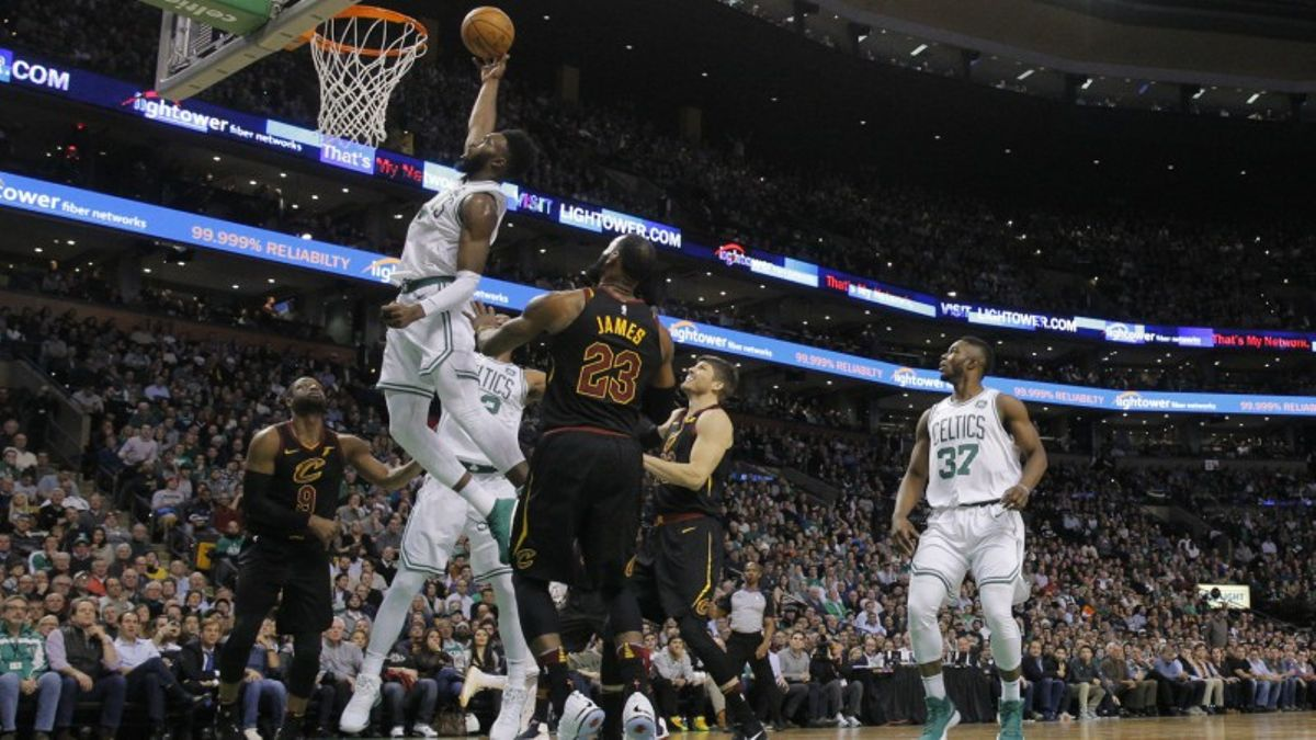 Why You Can't Bank on the Cavs Improving Defensively article feature image