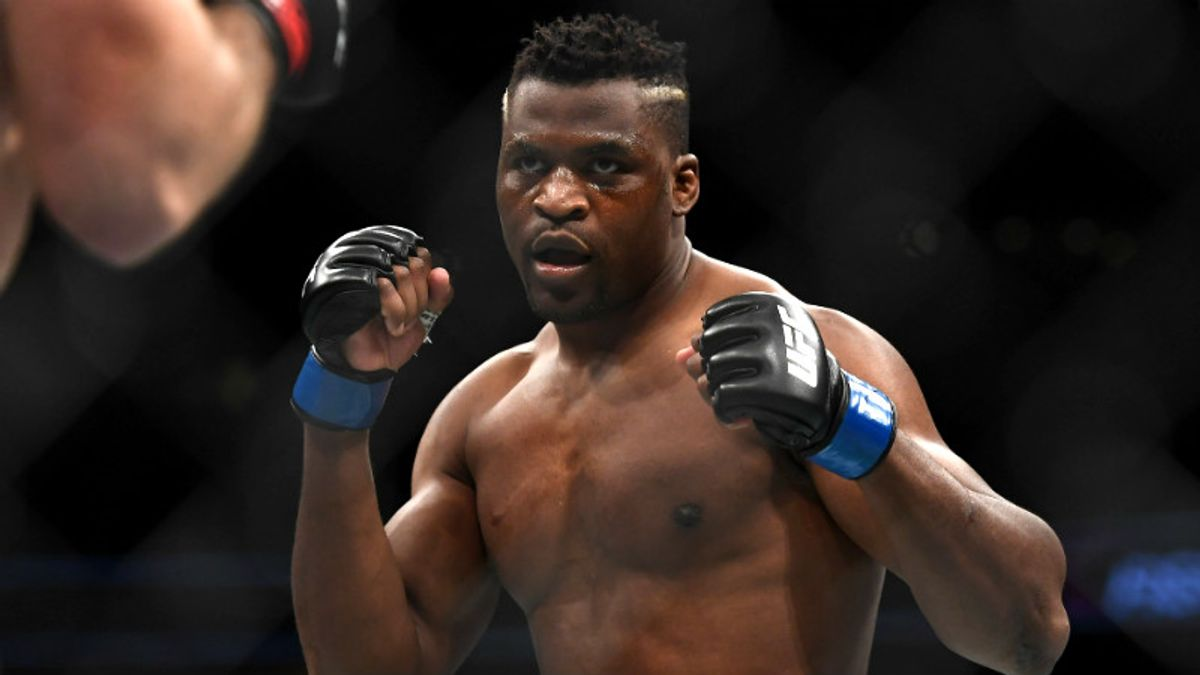 Francis Ngannou favored in UFC 220 heavyweight championship article feature image
