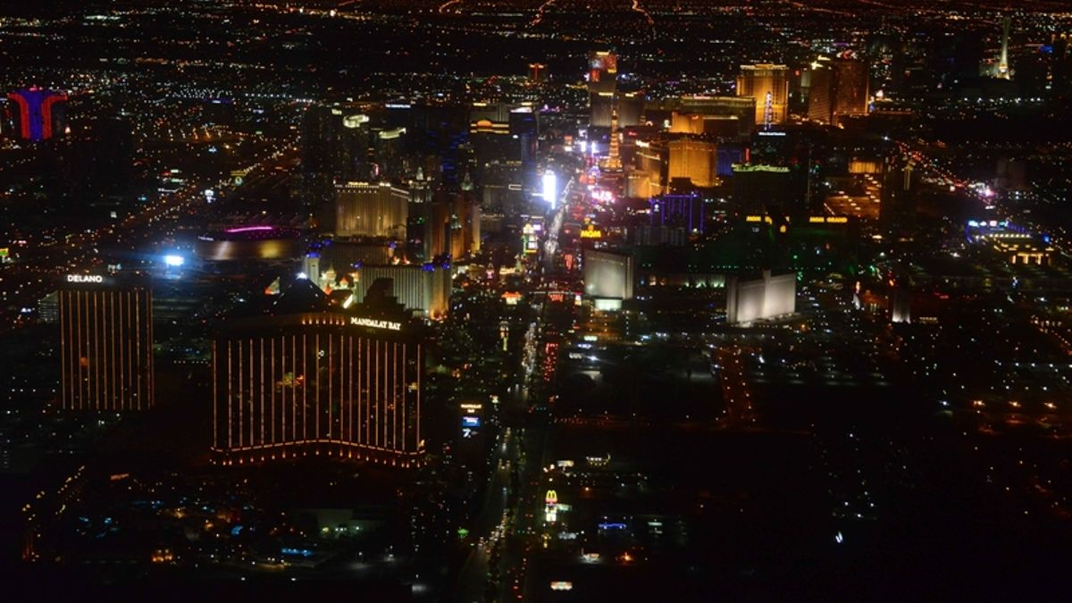 How to Do Super Bowl Weekend Right in Las Vegas article feature image