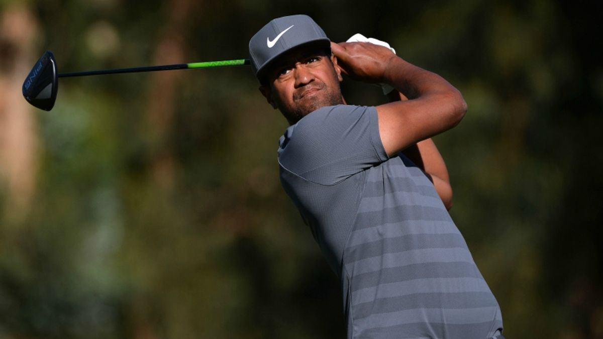 Genesis Open: How to Bet the Second Round article feature image