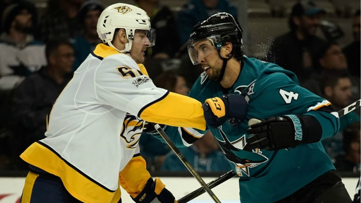 What NHL Bettors Should Know About Islanders-Leafs, Sharks-Predators article feature image