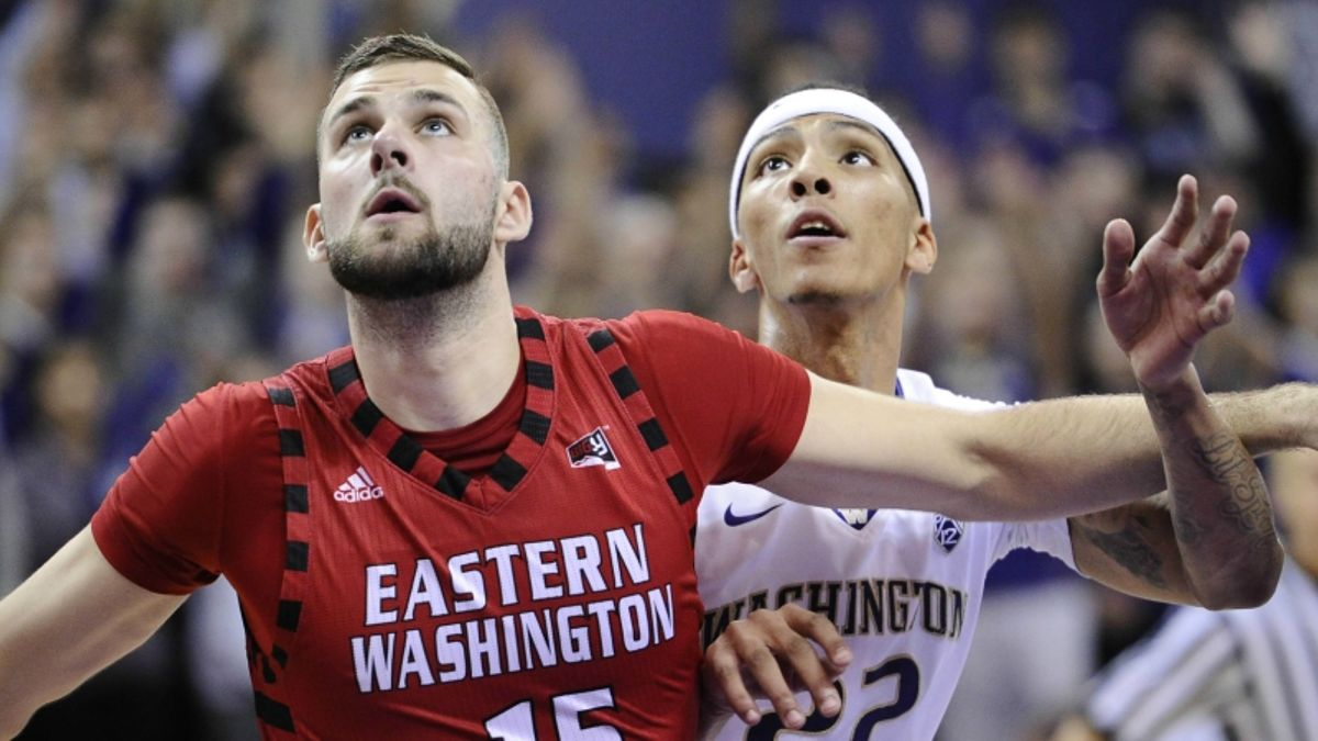 College Basketball Betting Mailbag: Picks and Analysis for Saturday's Games article feature image