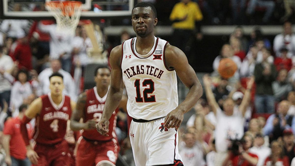 Saturday College Hoops Chat with Our Experts article feature image
