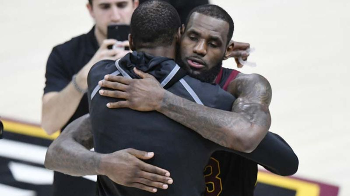 Could LeBron Really End Up Playing for the Golden State Warriors? article feature image