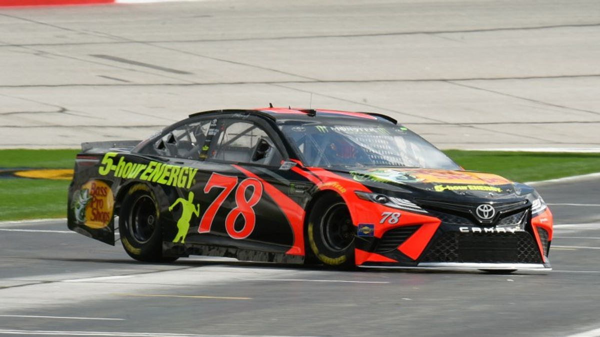 Three NASCAR Prop Bets for Sunday's Quiktrip 500 at Atlanta article feature image