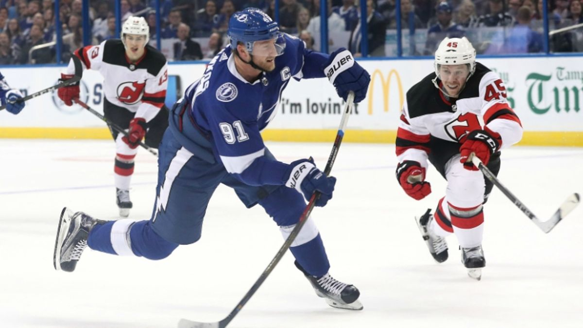 What Bettors Should Know About Lightning-Capitals, Kings-Jets article feature image