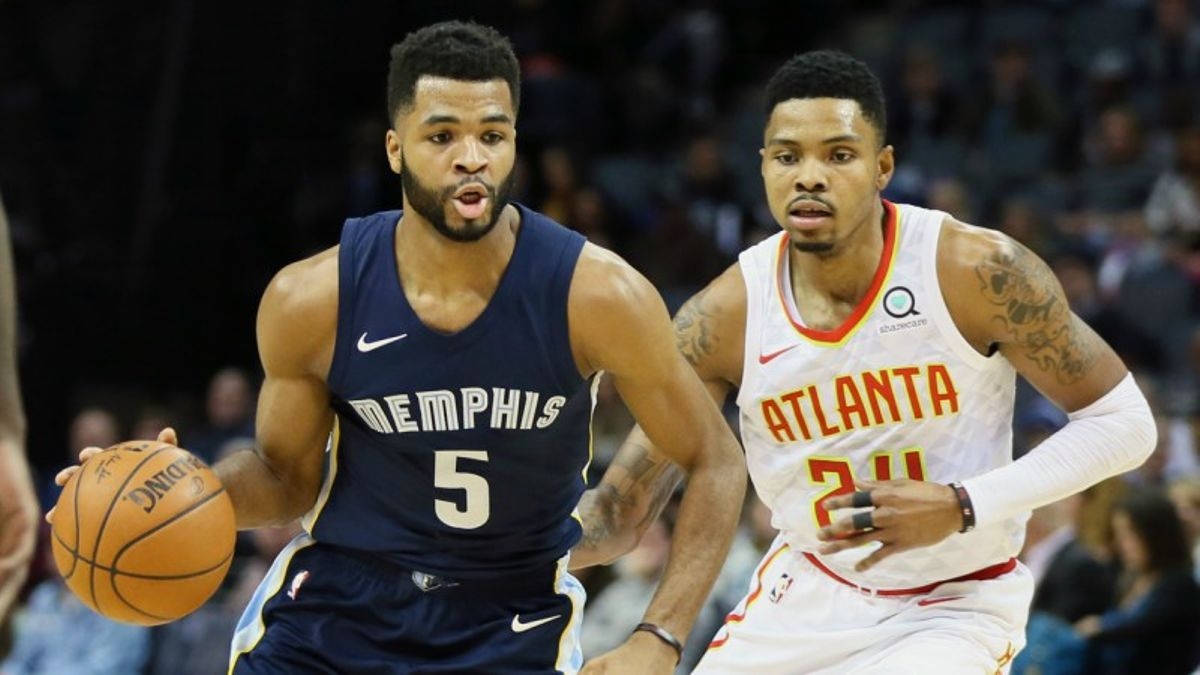 Three NBA Prop Bets for Wednesday: Harrison Over/Under 10.5 Points? article feature image