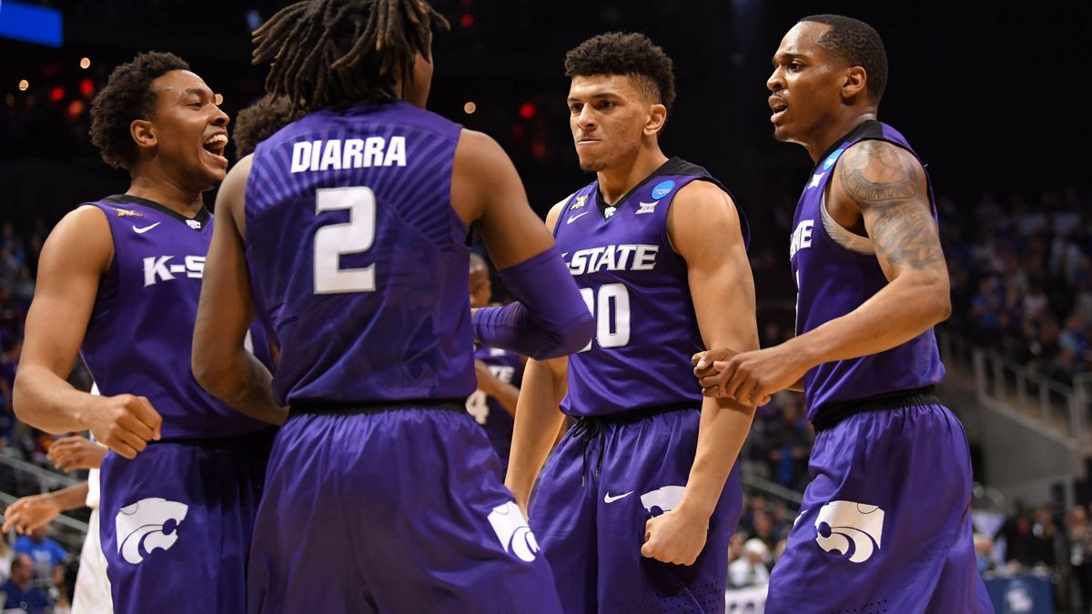 Wiseguys Taking a Side in Tonight's Loyola Chicago-Kansas State Matchup article feature image