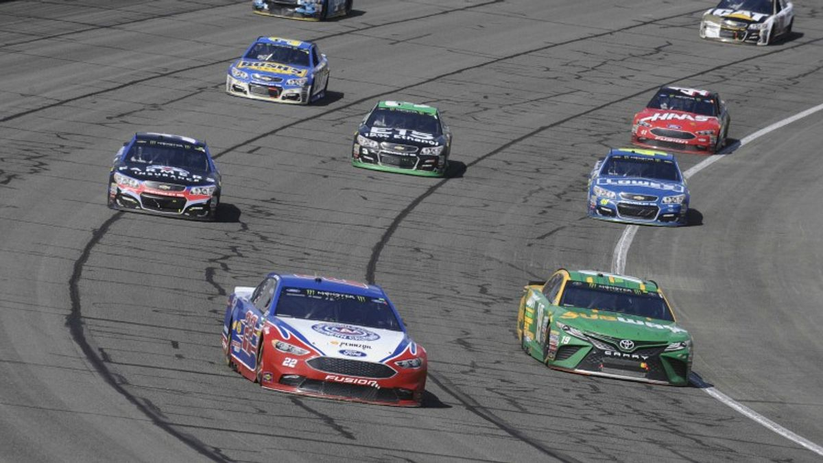 Two NASCAR Prop Bets for Sunday's Auto Club 400 article feature image