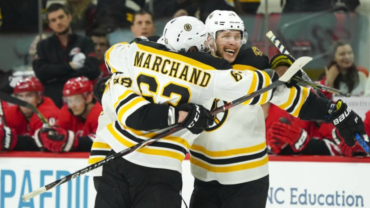 BlackJack's Plays of the Day: The Ice Is Hot in Toronto article feature image