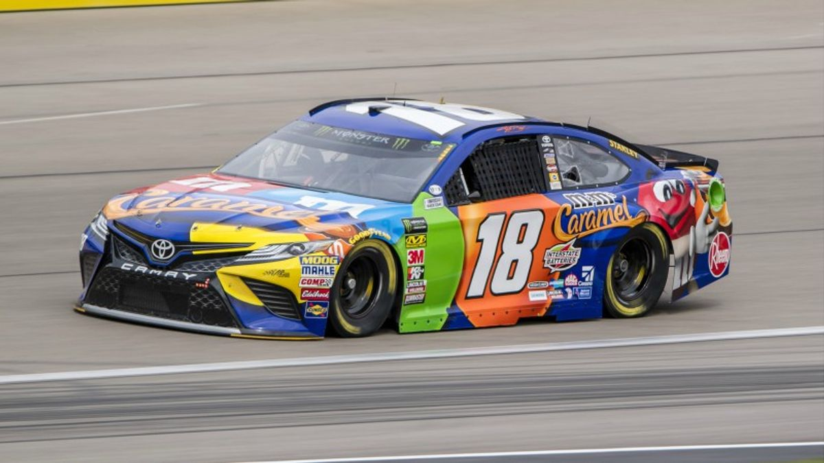 NASCAR Cup Series: Top Bets for Sunday's Auto Club 400 article feature image