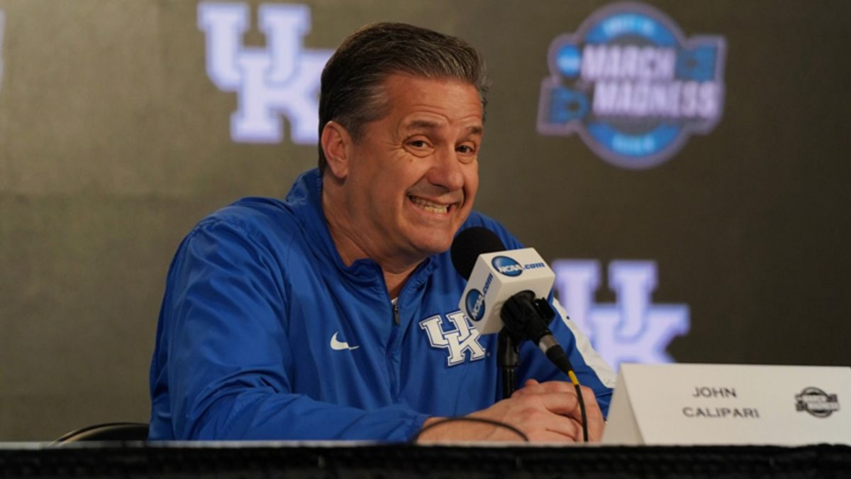 Thursday Sharp Report: Wiseguys Teeing Off on Kansas State-Kentucky article feature image