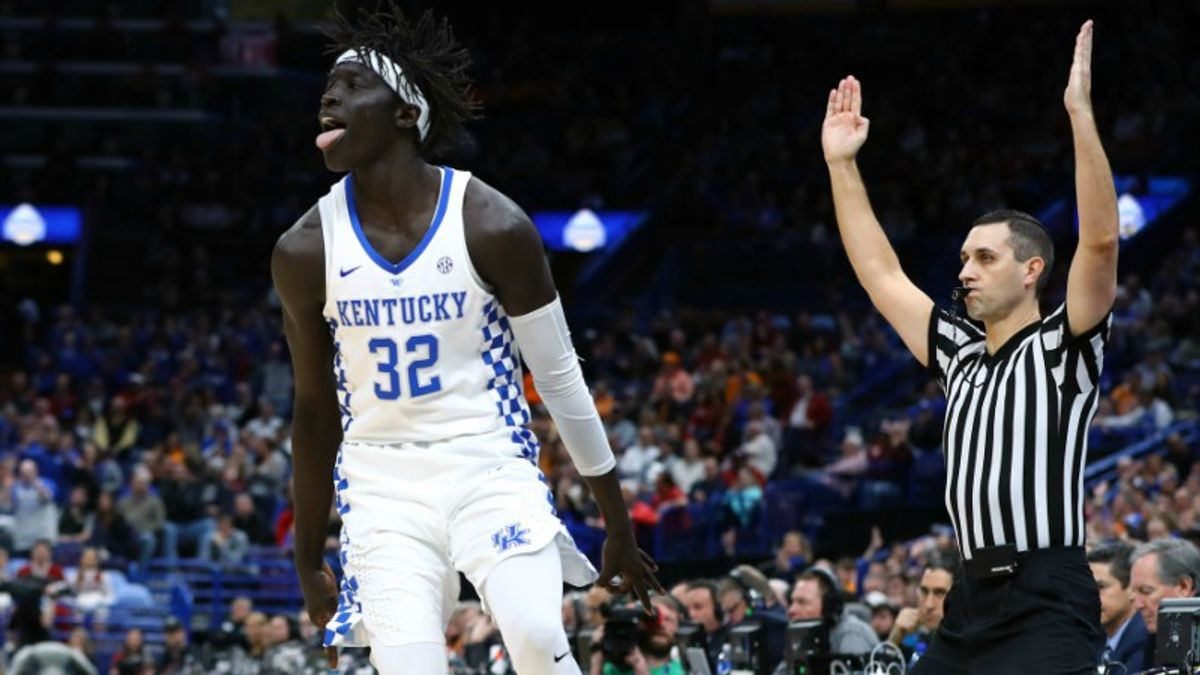 NCAA Thursday Four Pack: Why Kentucky Should Fear a Davidson Upset article feature image