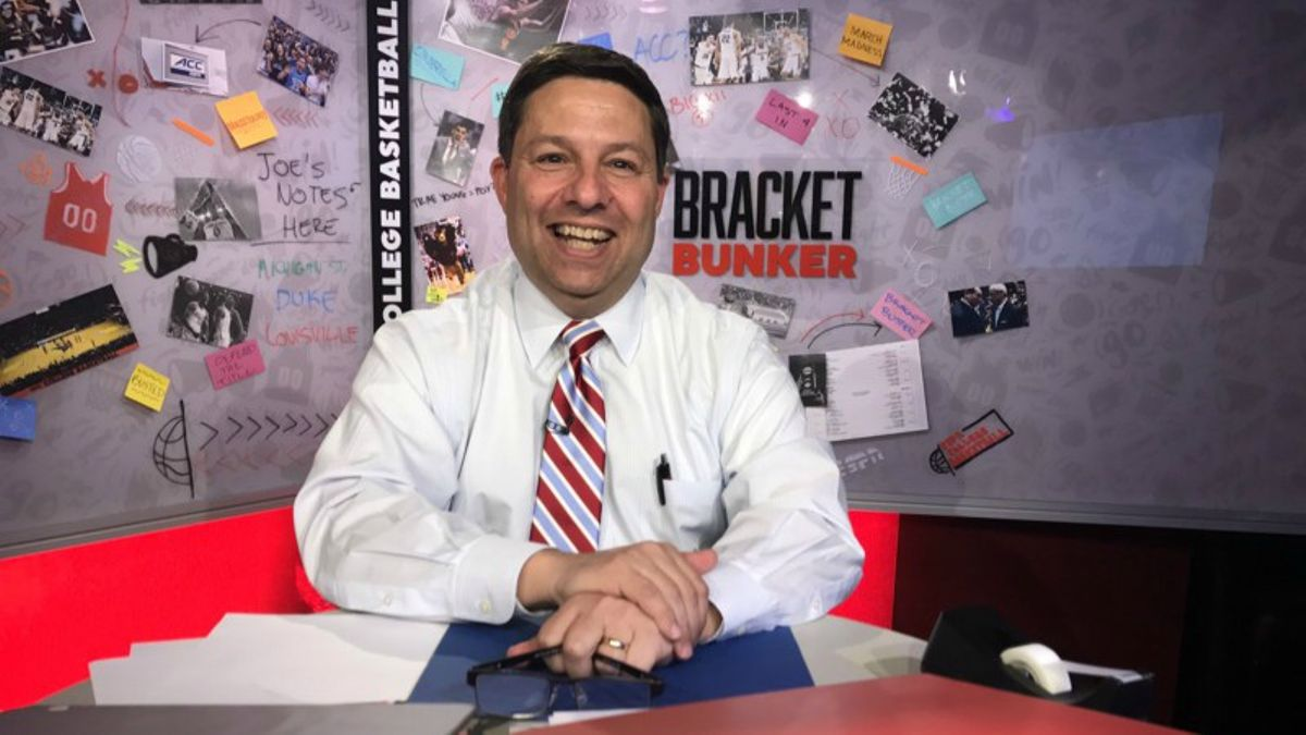 Joe Lunardi Props! How Likely Is the Bracketologist to Predict All 68 Tourney Teams? article feature image