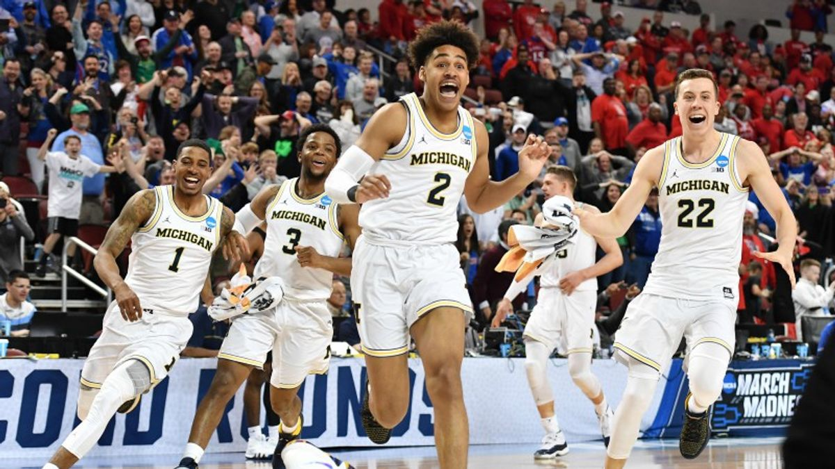 Bracket Simulations Reveal Five Sweet 16 Prop Bets Offering Value article feature image