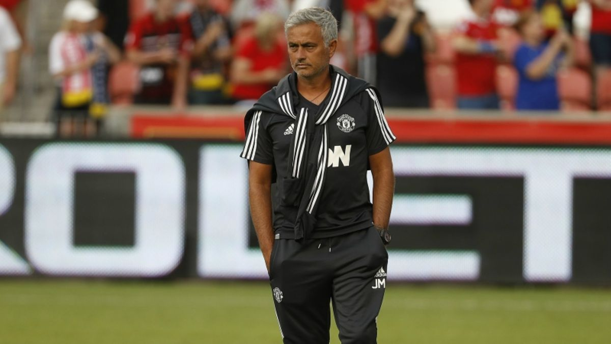 Manchester United-Sevilla FC: Finding Value in Champions League Clash article feature image