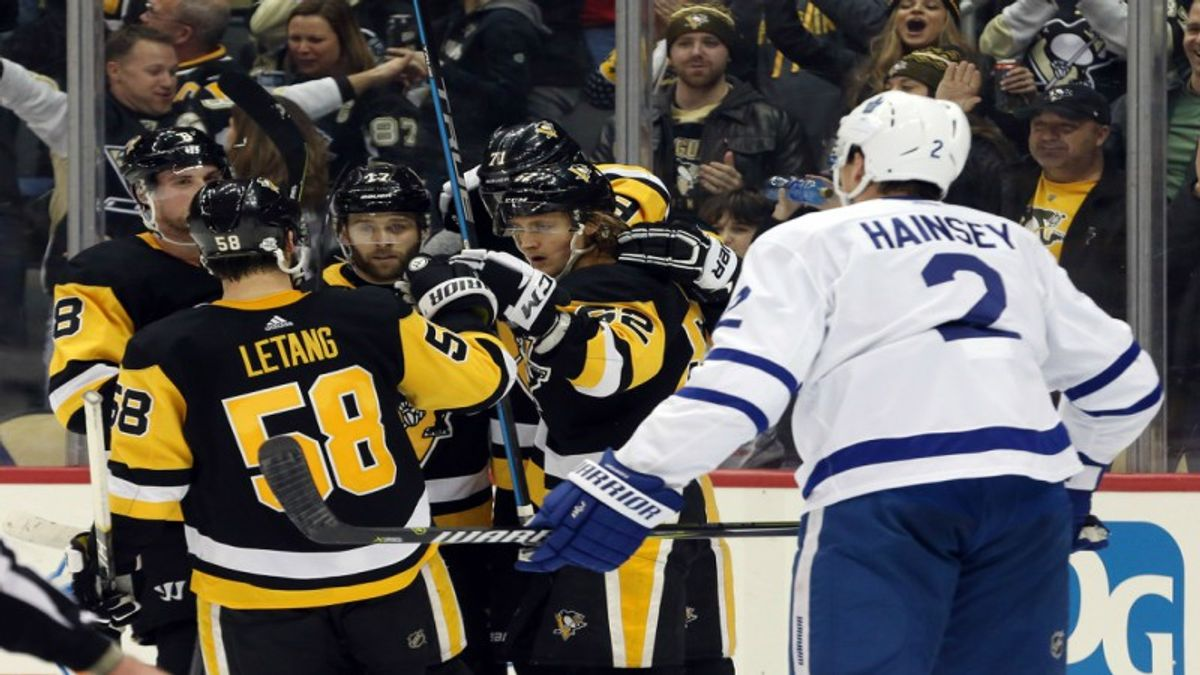 Finding an Edge in Penguins-Leafs article feature image