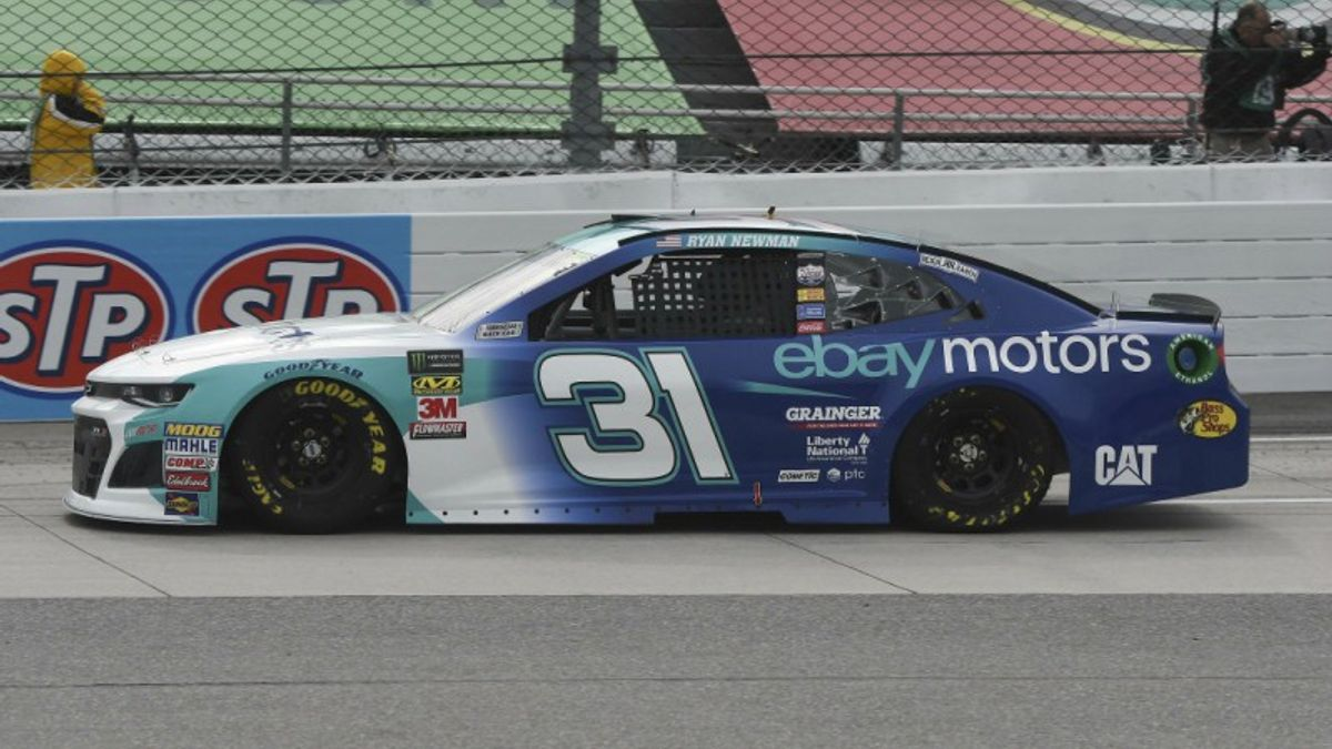 NASCAR Cup Series: Top Bets for Monday's Martinsville STP 500 article feature image