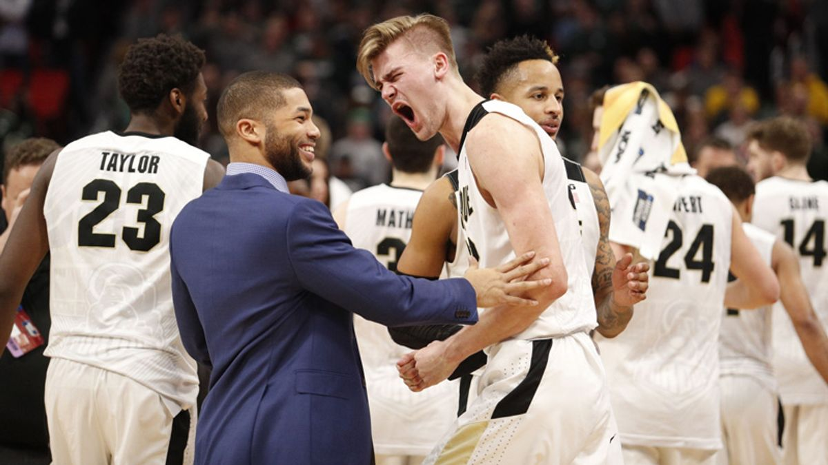 Friday Sharp Report: Which Sweet 16 Matchups are Attracting Wiseguy Action? article feature image