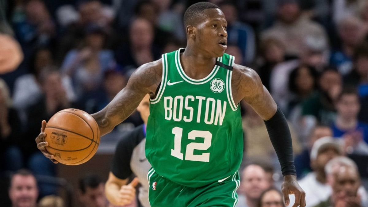 3 NBA Prop Bets for Monday: Scary Terry Over/Under 16 Points? article feature image