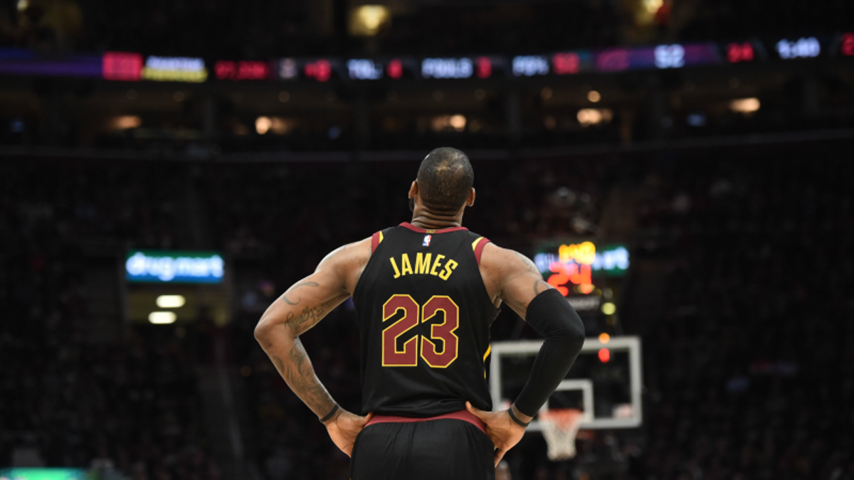 3 NBA Props for Saturday: LeBron Over/Under 9.5 Assists? article feature image