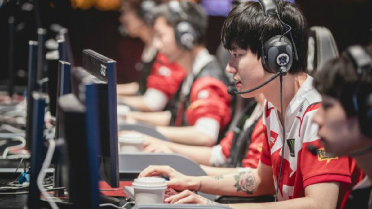 League of Legends (4/6-4/8): North America and Europe Finals, China Week 10 article feature image