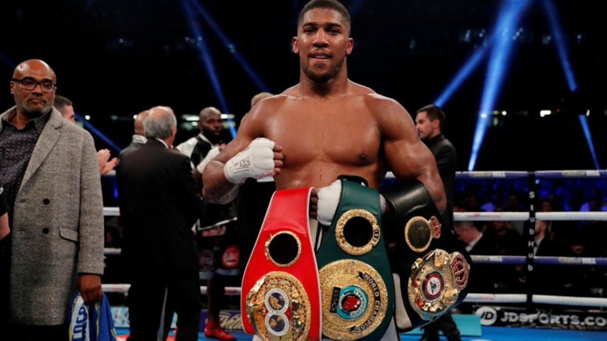 Boxing: Anthony Joshua Opens as a Favorite Over Deontay Wilder article feature image