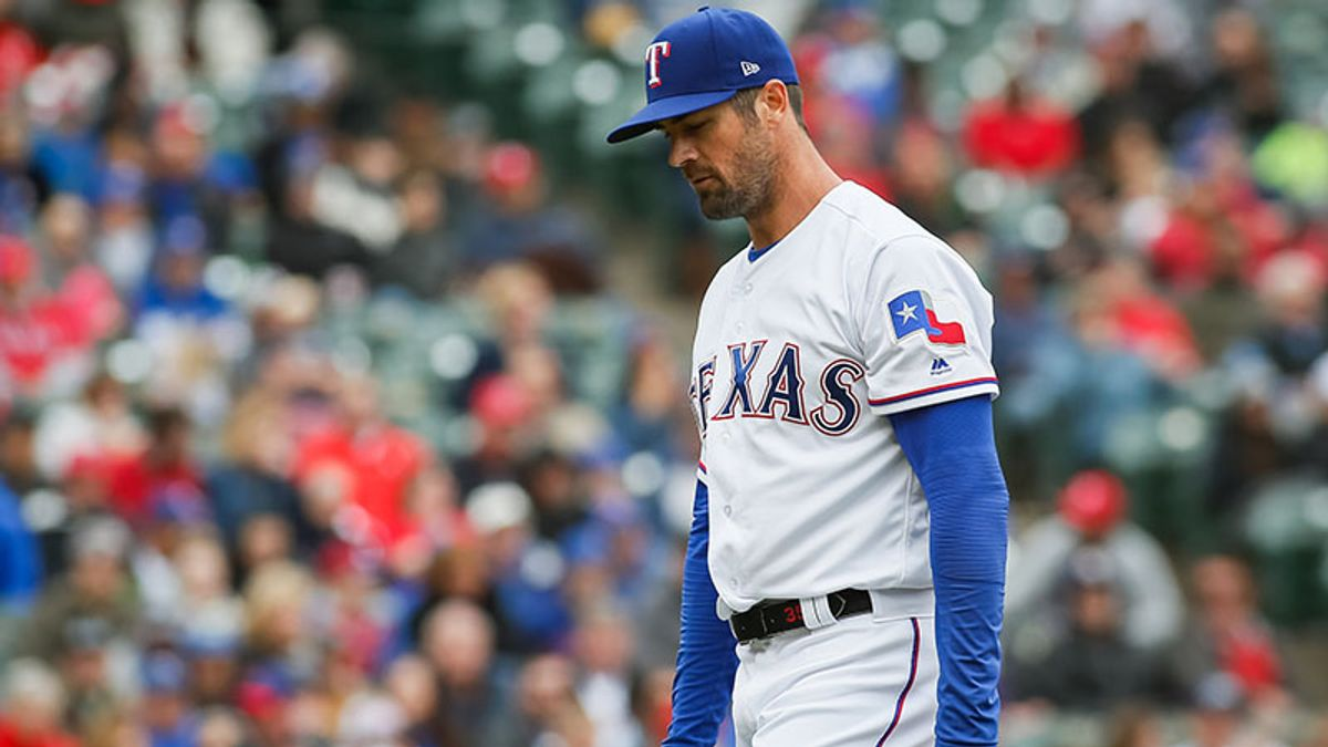 Wednesday's MLB Over/Under: Will Hamels' HR Issues Subside vs. Rays? article feature image