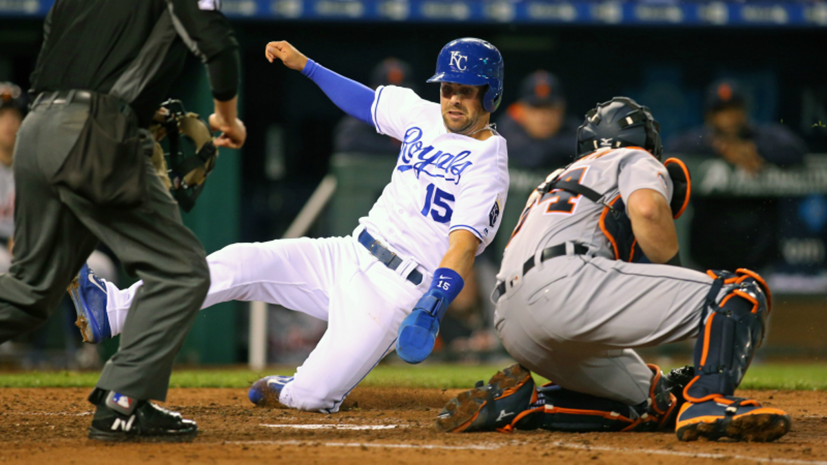 Betting MLB Doubleheaders: Fade or Follow the Game 1 Winner? article feature image
