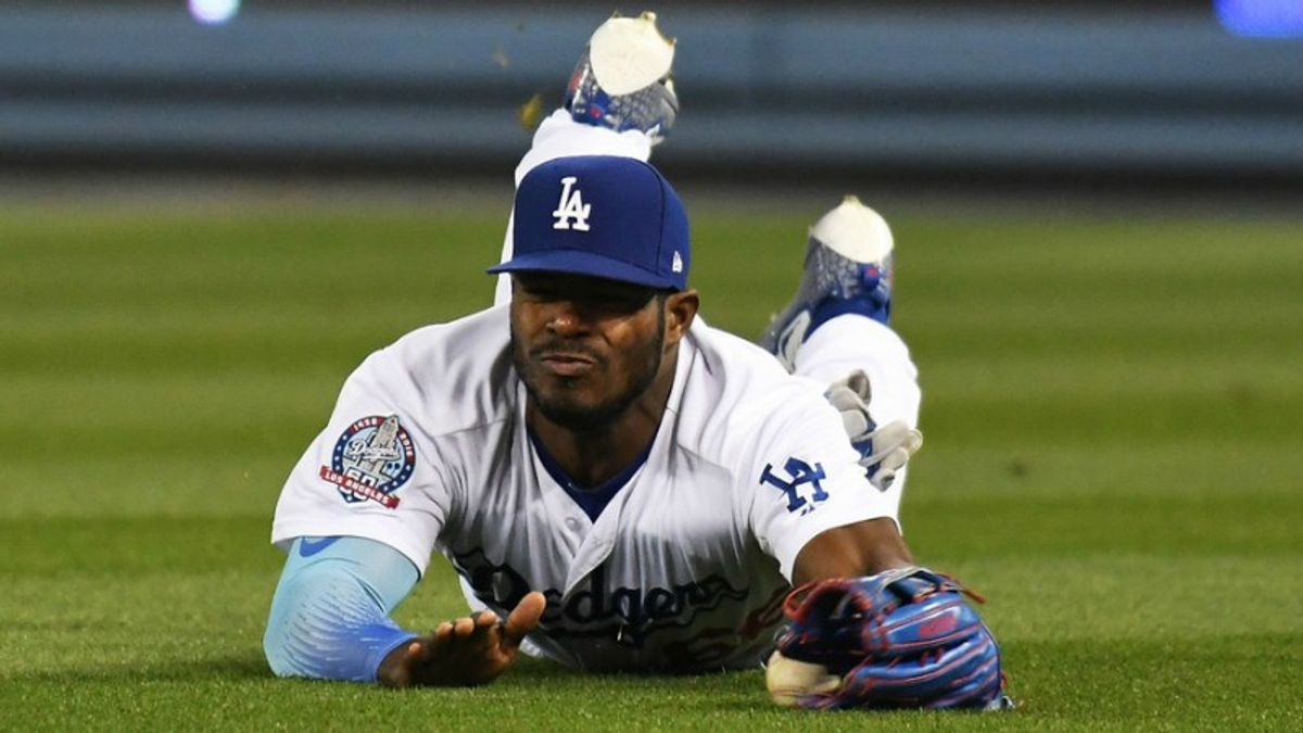 MLB Betting Notes: Dodgers, Nationals Wrap Up Their Set on Sunday Night Baseball article feature image