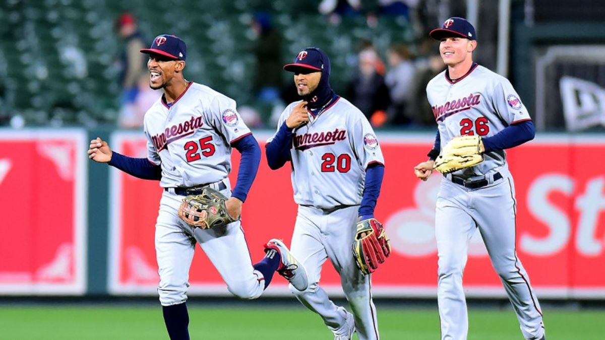 Does Cold Weather Provide Value for MLB Over/Under Bettors? article feature image