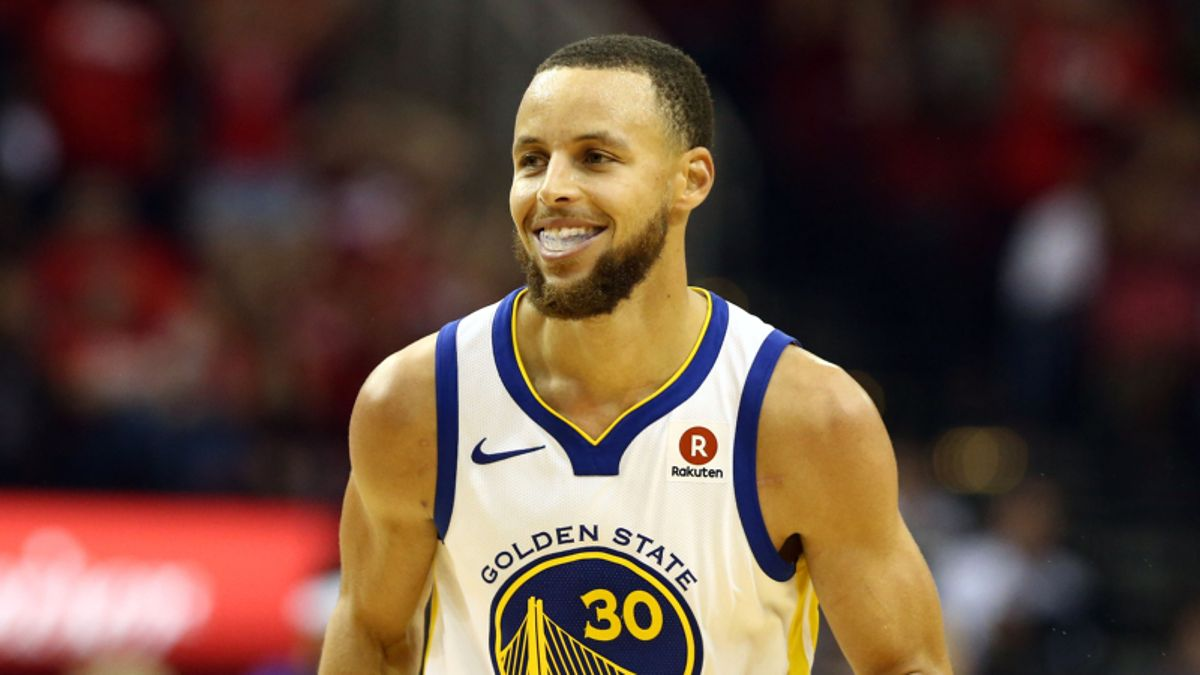 3 NBA Props for Thursday: Curry Over/Under 25.5 Points? article feature image