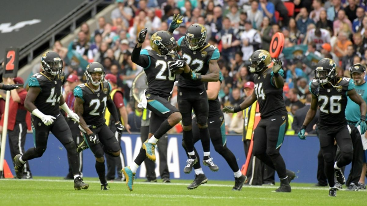 Are Oddsmakers Overvaluing the 2018 Jacksonville Jaguars? article feature image