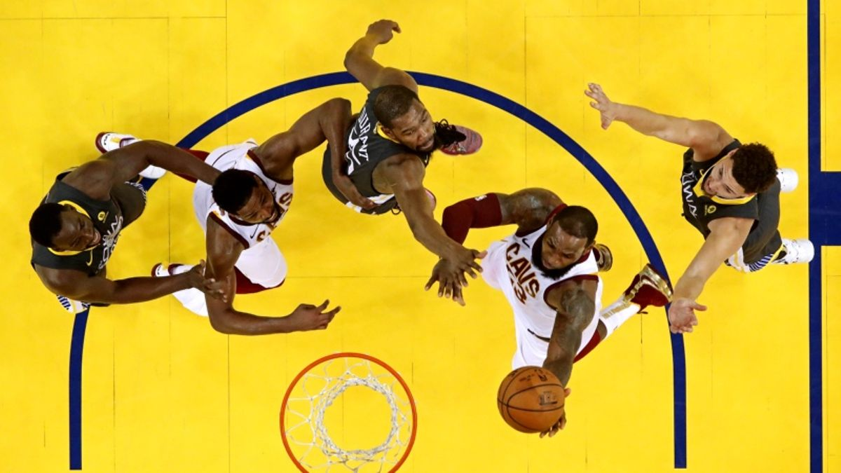 How Bettors Can Profit From the Cavs' 0-2 Deficit in the NBA Finals article feature image