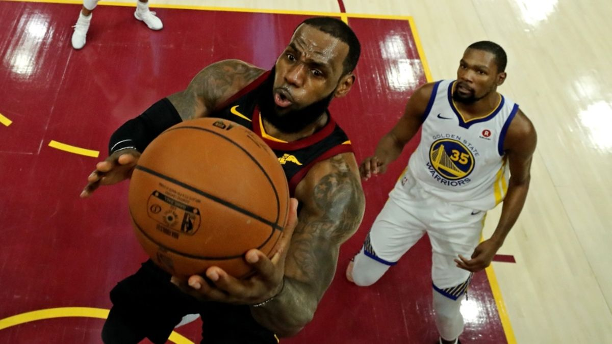 Profitable First-Half System for Warriors-Cavaliers Game 4 article feature image