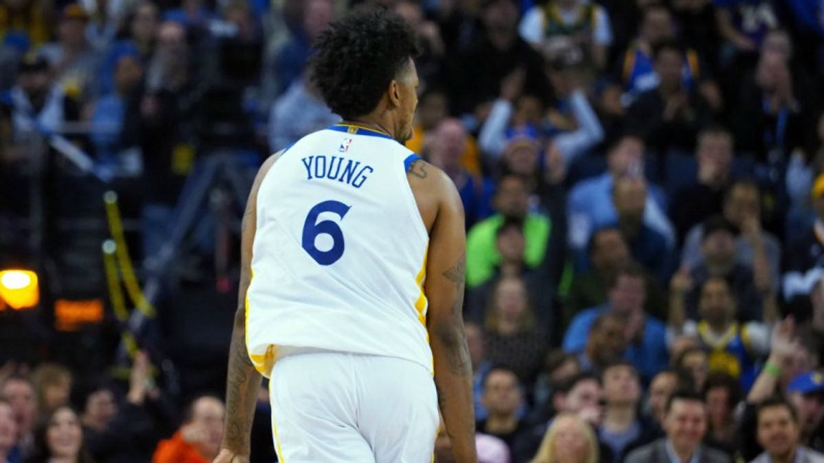 Swaggy P Buries Rockets First-Half Ticket Holders with Late 3 article feature image