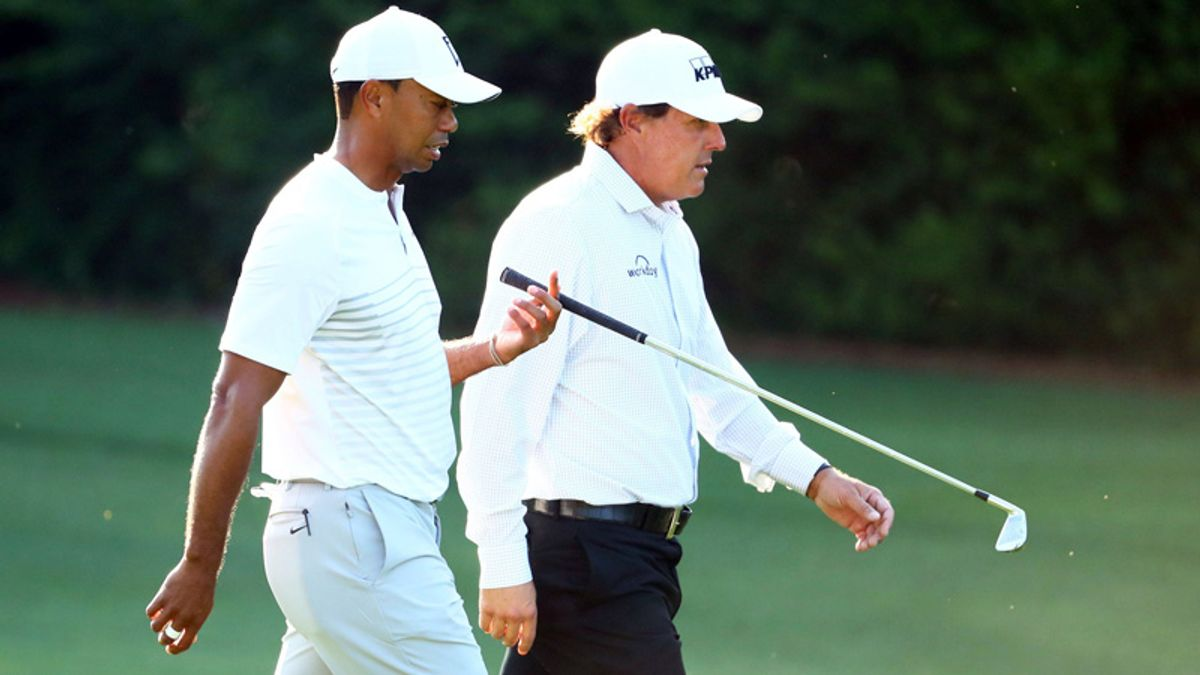 Who'd Be Favored in 'High-Stakes' Phil Mickelson-Tiger Woods Match? article feature image