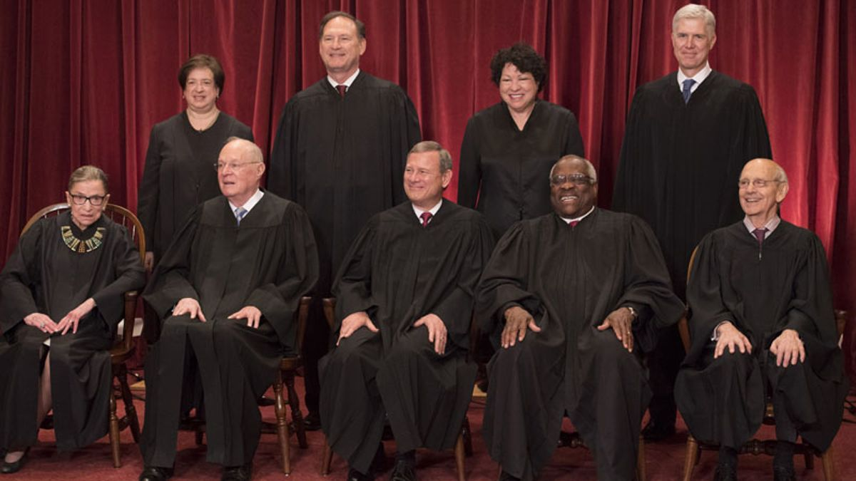 Social Media Reacts to Supreme Court Legalizing Sports Betting article feature image