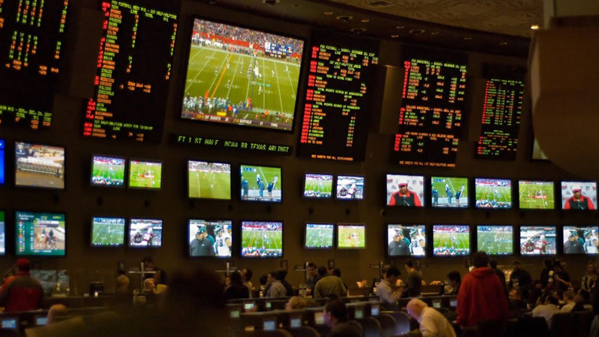 BlackJack Fletcher's Tips for Being a Successful Baseball Bettor article feature image