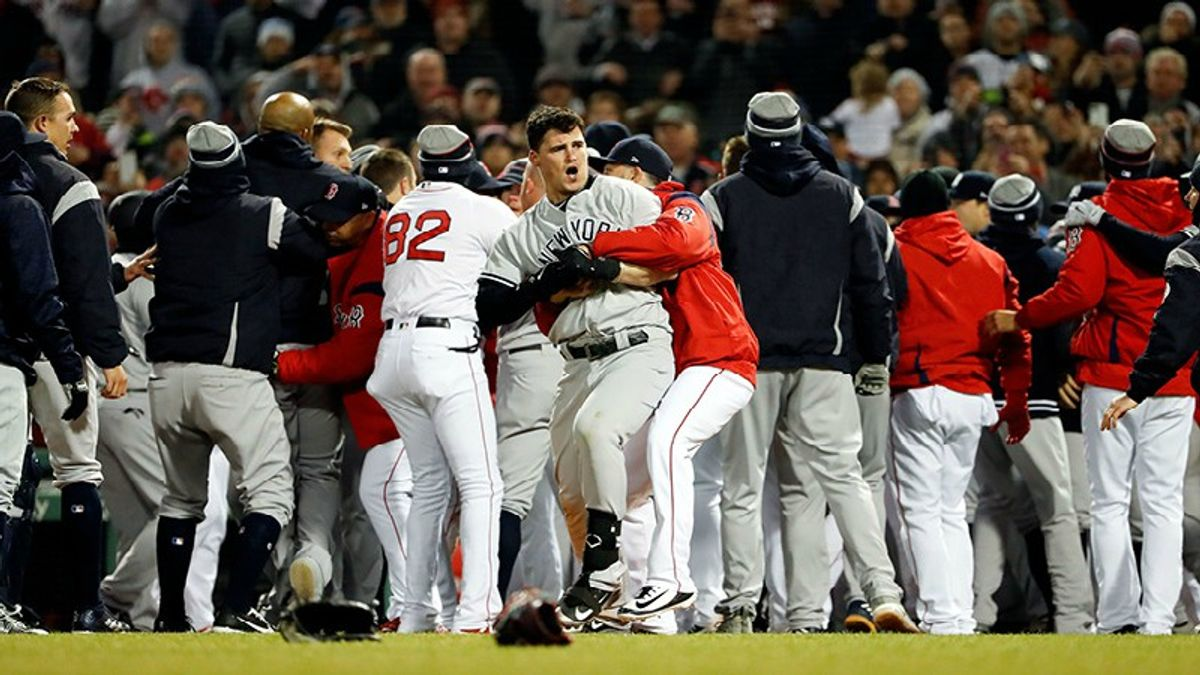 Yankees-Sox Series Preview: AL East Rivals to Brawl in the Bronx article feature image