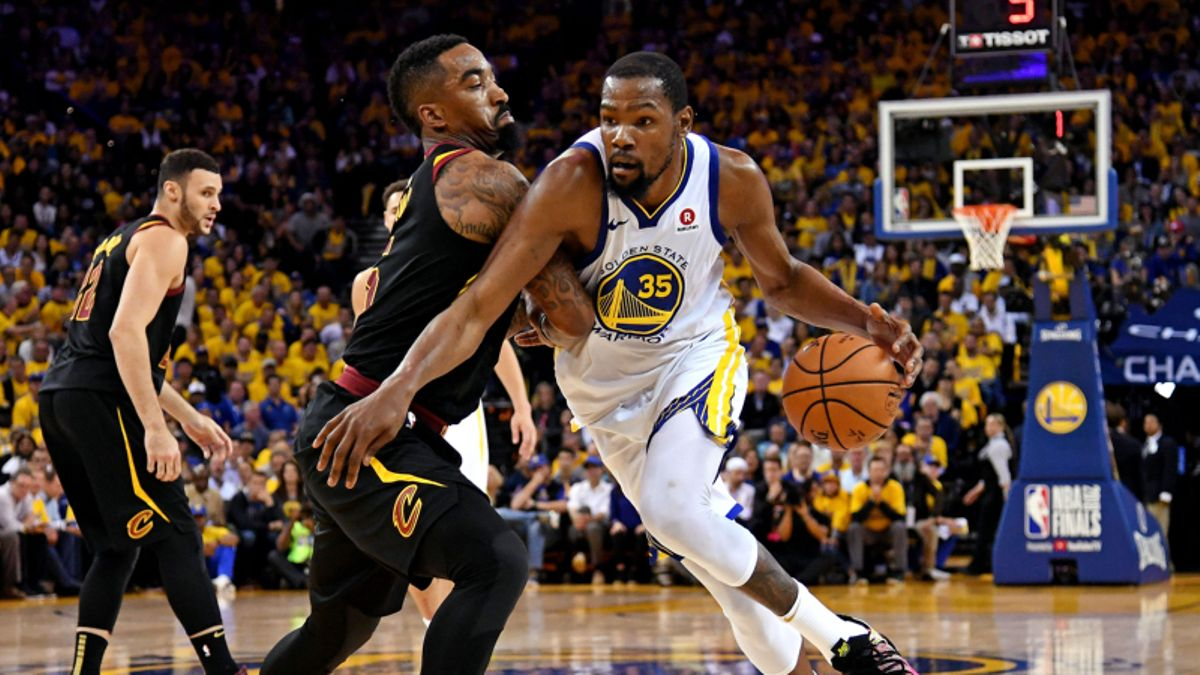 Mears: Is Game 2's Total Moving the Wrong Way? article feature image