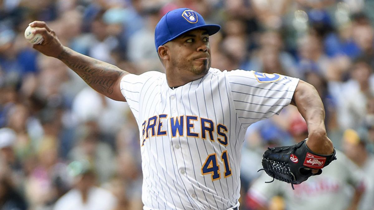 Friday's MLB Over/Under: Pitchers' Duel Brewing in Cardinals-Brewers? article feature image