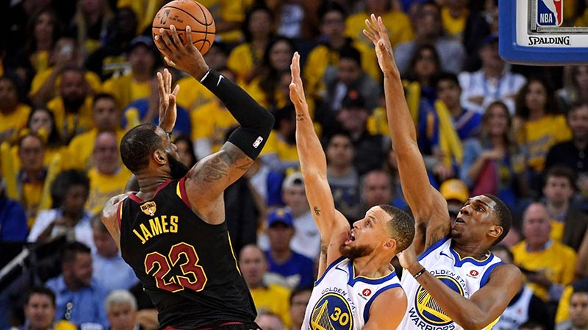 The Angles: Reasons for Cavs, Warriors to Be Hopeful in Game 2 article feature image