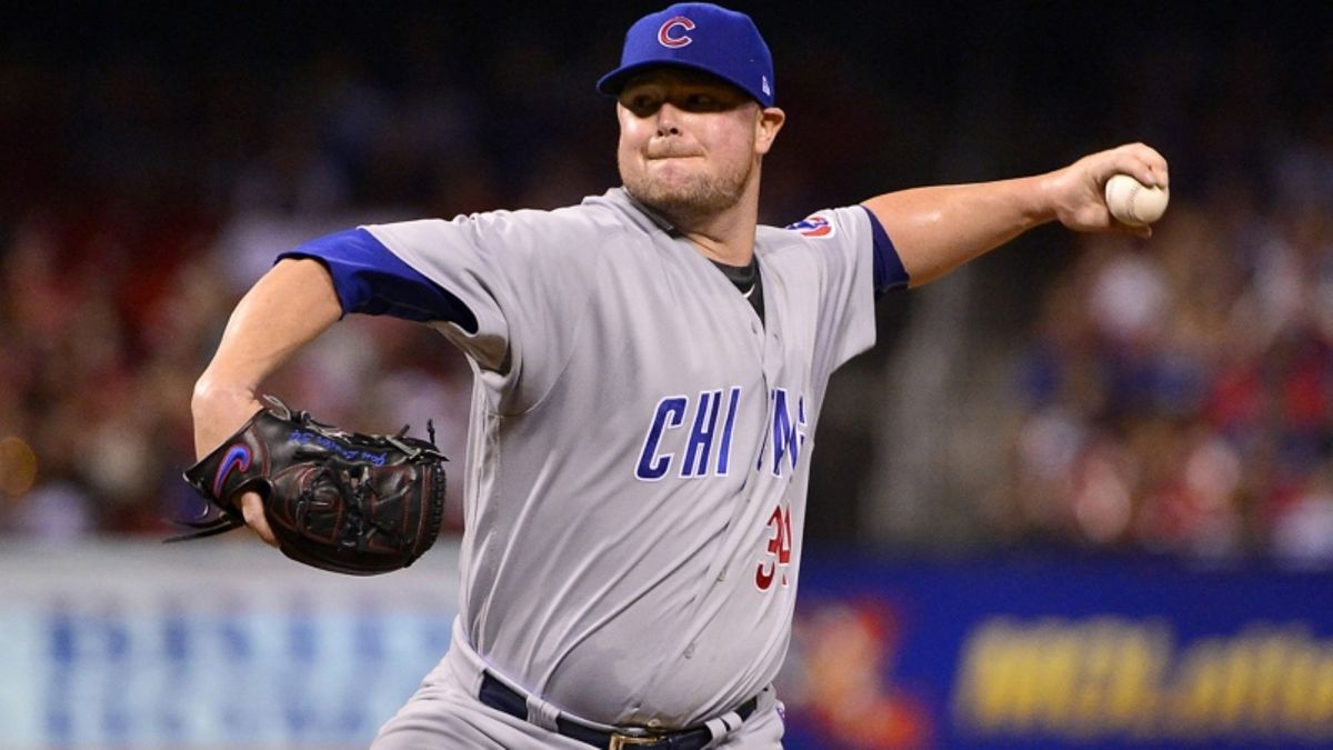 Friday Sharp Report: Pros Betting Cubs-Cardinals, 3 Other MLB Games article feature image