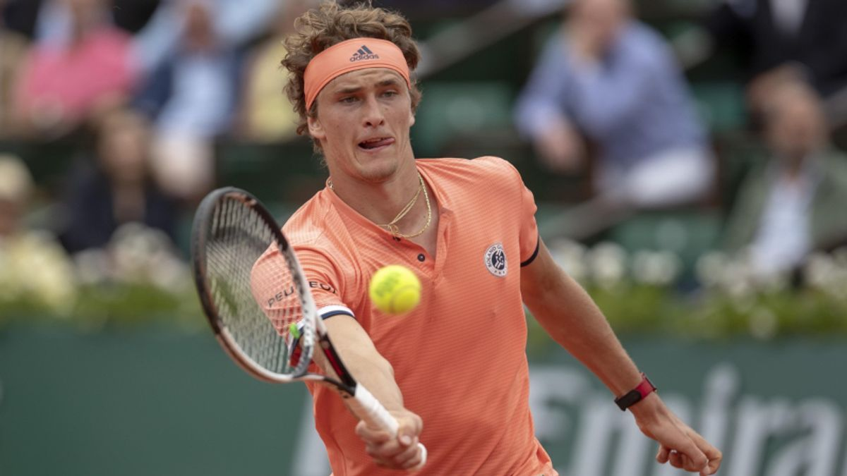 Tuesday French Open Quarterfinal Preview: Thiem or Zverev? article feature image