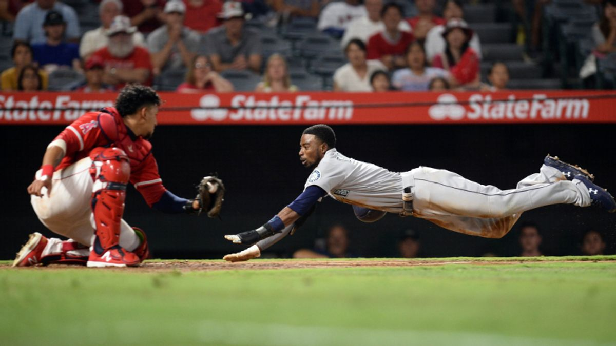 Sunday Sharp Report: Fading Trendy MLB Road Underdogs article feature image