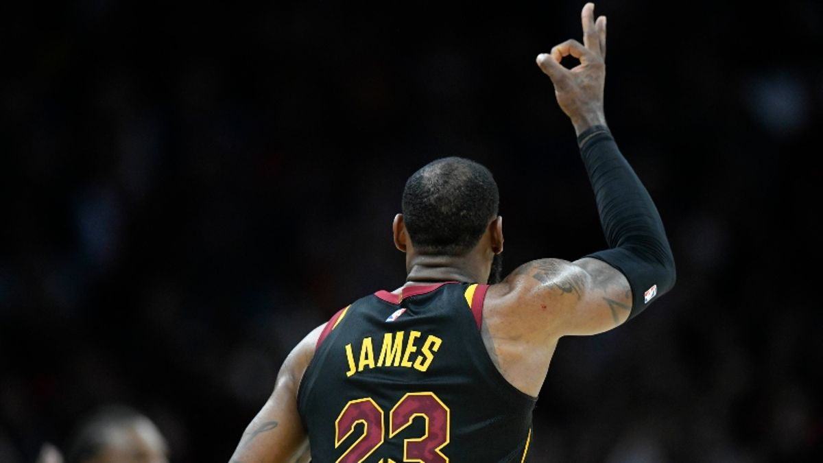 Moore: Signing With Lakers Is LeBron James' Biggest Bet Yet article feature image