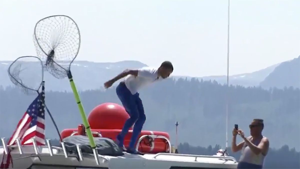 Steph Curry Loses Golf Bet to His Dad, Jumps in Lake Tahoe article feature image