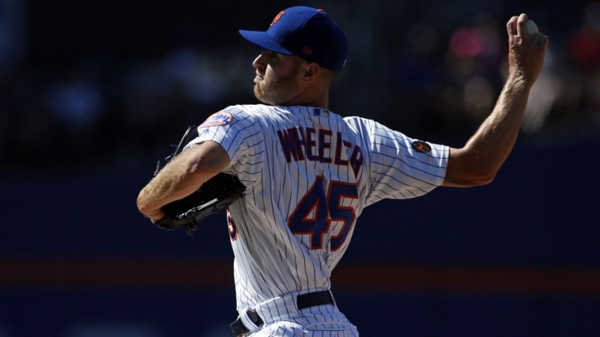 Sunday's MLB Over/Under: Wheeler, Musgrove Go Head-to-Head in Series Finale article feature image